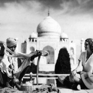 Aloha Wanderwell at Taj Mahal