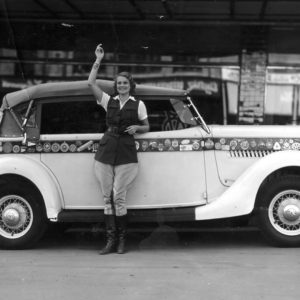 Wanderwell Travels the World in a Ford