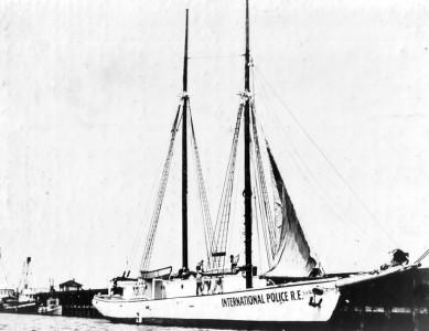Wanderwell Yacht Carma