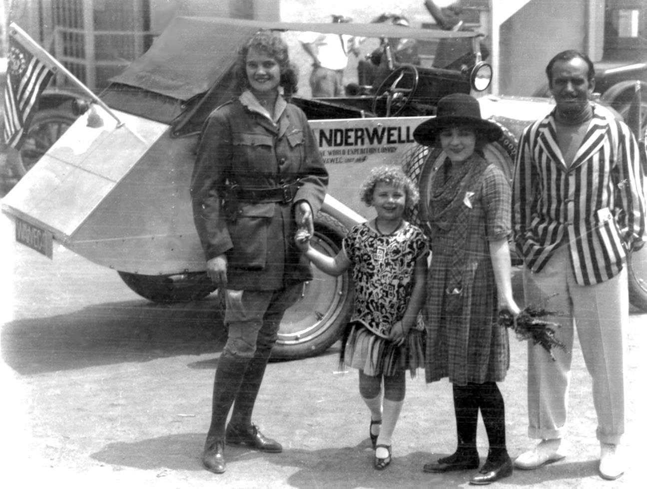 Aloha Wanderwell, Mary Pickford & Douglas Fairbanks